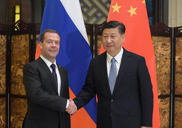 俄總理7月4日將與習近平討論俄中貿易與能源合作