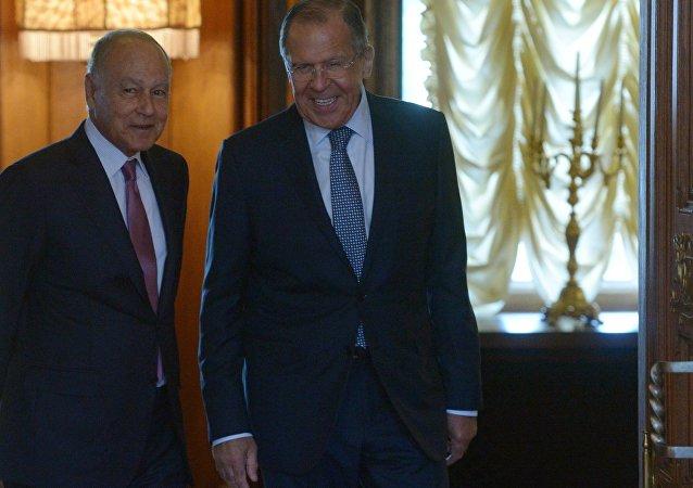 俄外交部長:莫斯科認為所有阿拉伯國家都應參與阿盟事務至關重要
