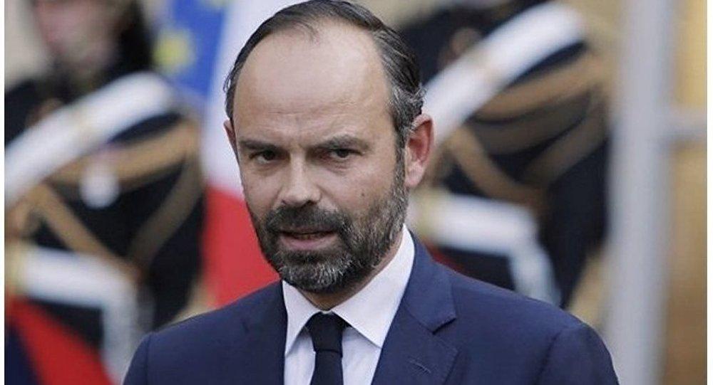 法國總理辭職 總統已接受