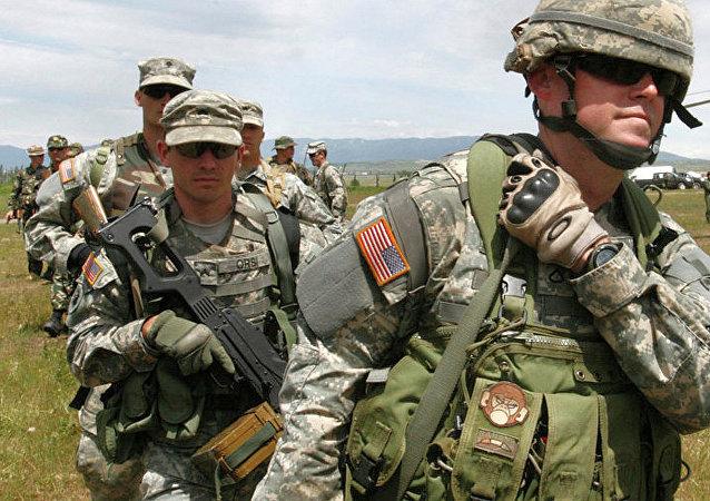 美國軍事教官