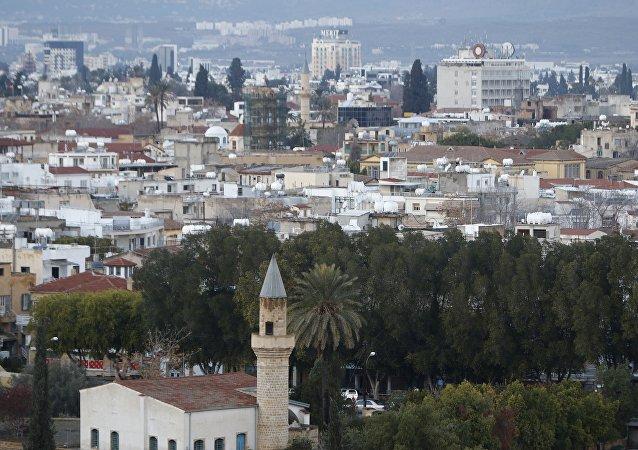 俄外長:塞浦路斯問題應由南北雙方在談判中自行解決