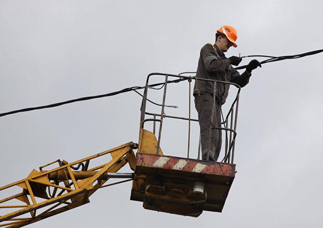 烏克蘭全面停止向巴斯地區供電