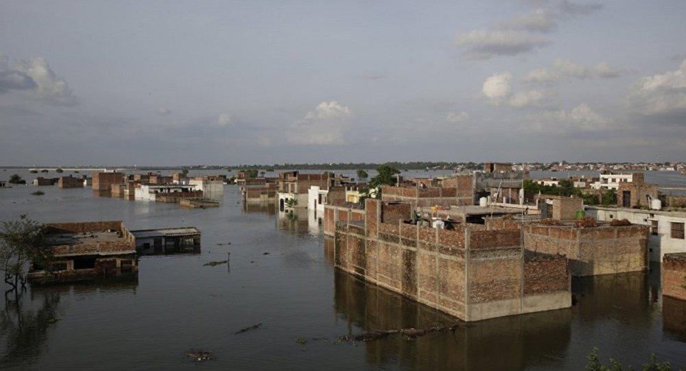 印度洪災 (資料圖片)