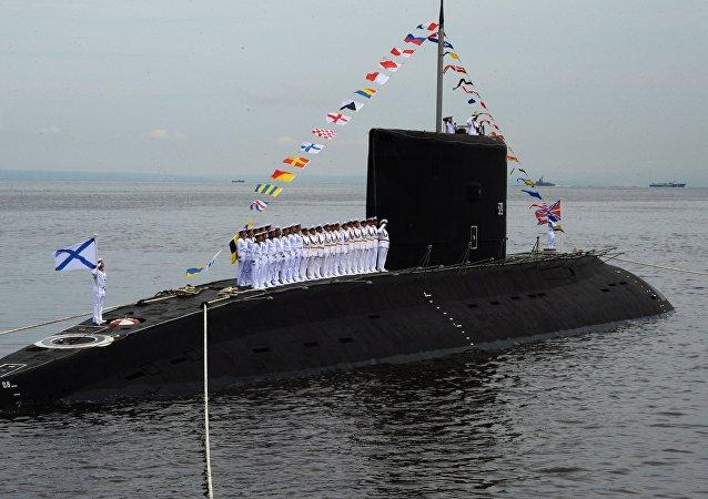 636型「瓦爾沙維揚卡」(Varshavyanka,「華沙女人」)級柴電潛艇