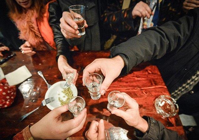 英國《衛報》列舉最可能進行酒類消費的職業