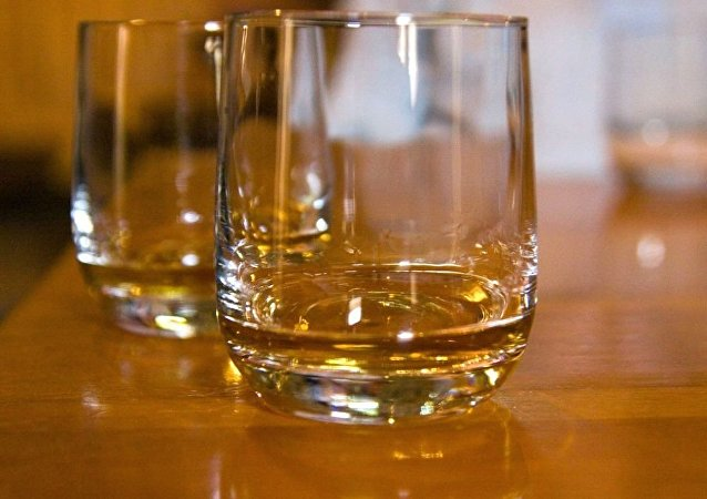 媒體:中國遊客花費1萬美元品嘗似乎有166年歷史的威士忌