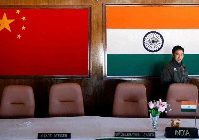 外媒:中國和印度在喜馬拉雅山面臨武裝衝突