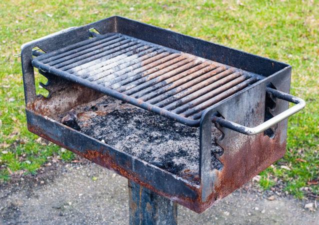 媒體:比利時人創造不間斷BBQ烤肉世界紀錄