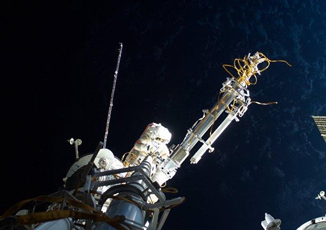 俄首顆3D打印衛星已開始傳輸包括中文在內的11種語言信號