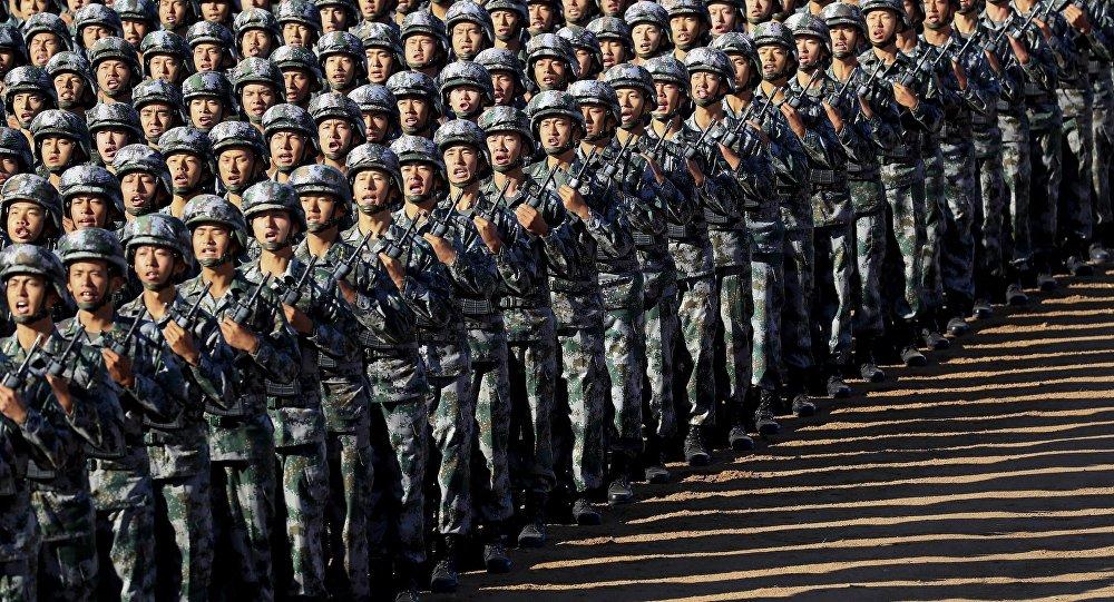 中國軍隊正進行全面的幹部改組