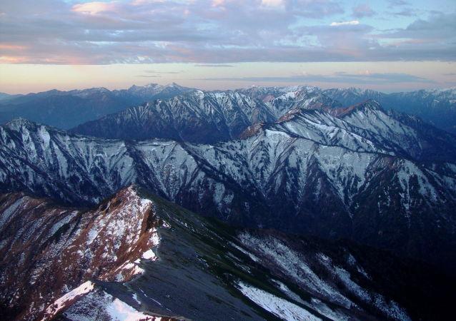日本北部的阿爾卑斯山