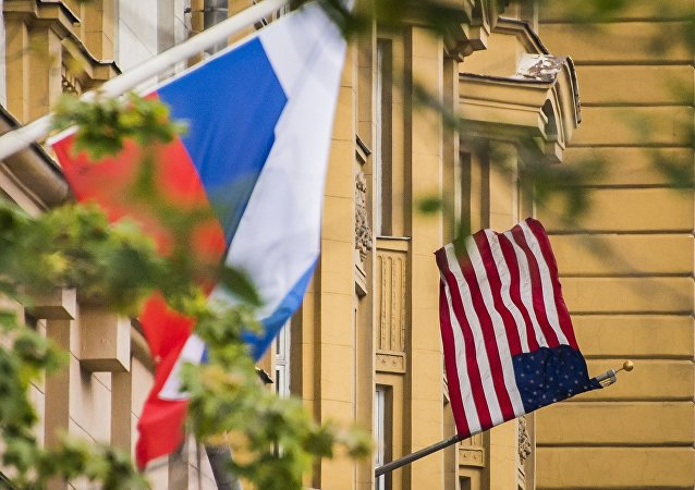 美國駐俄大使館將從5月12日起停止受理非移民簽證申請