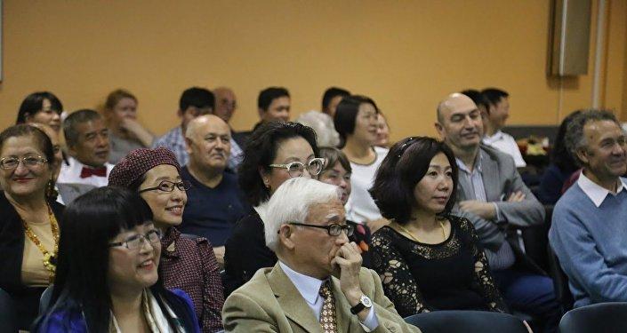 2016年4月27日攝影展《莫斯科的中國人及他們眼中的莫斯科》開幕式
