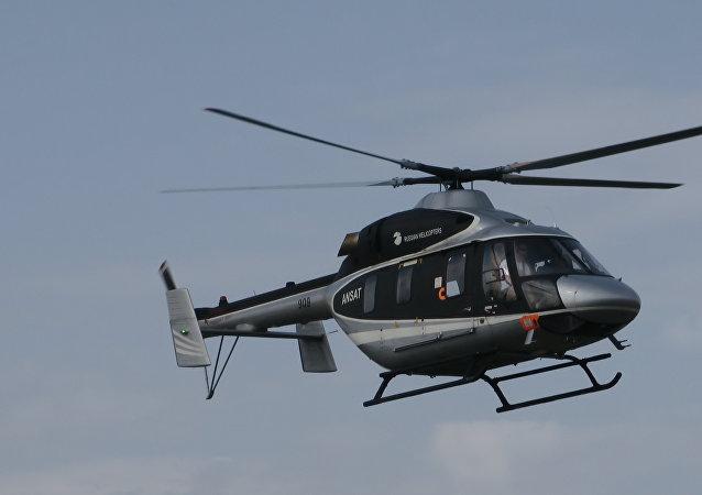 安薩特直升機