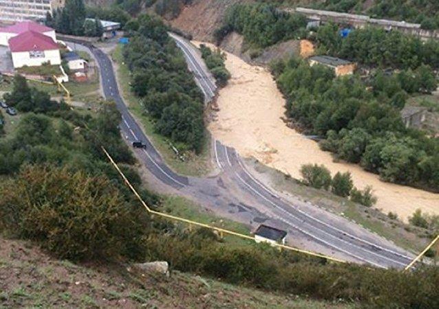 媒體:俄地區政府計劃三天內將外國公民撤離泥石流災區