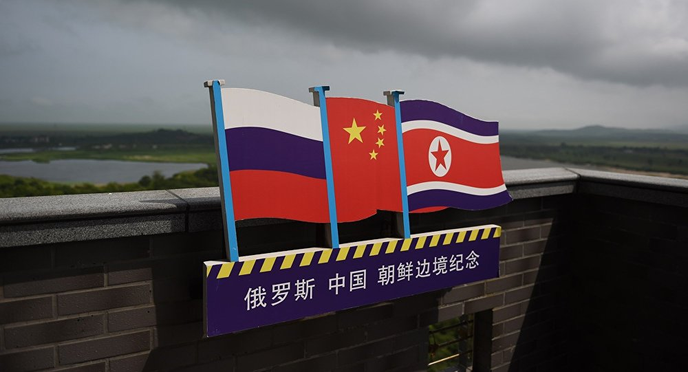 金正恩稱朝鮮將發展與俄中的關係