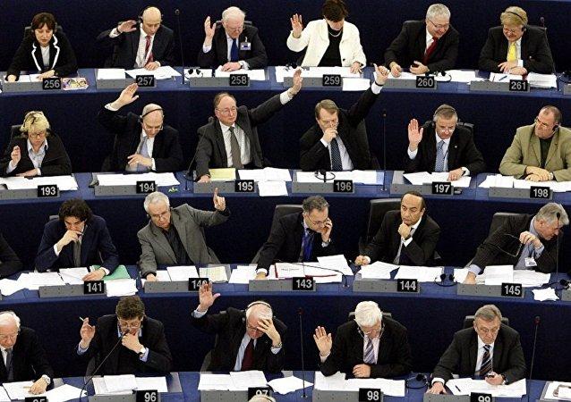 歐盟委員會主席:歐盟應以合格多數作出對外政策決定