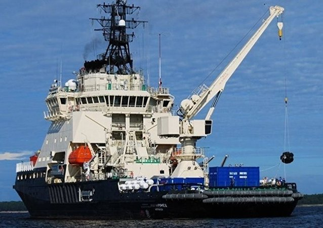 「伊利亞•穆羅梅茨」號新一代柴電動力破冰船