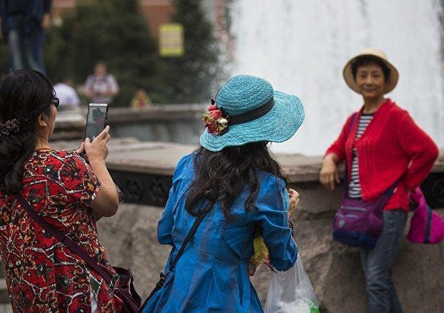 俄文化部否認有關皇村限制中國遊客數量的消息
