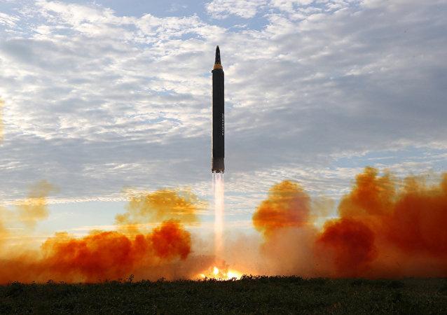 特朗普:若日本購買美國新型武器將可擊落朝鮮導彈