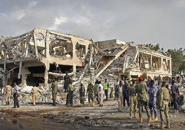 電視台:索馬里首都摩加迪沙爆炸死亡人數升至189人