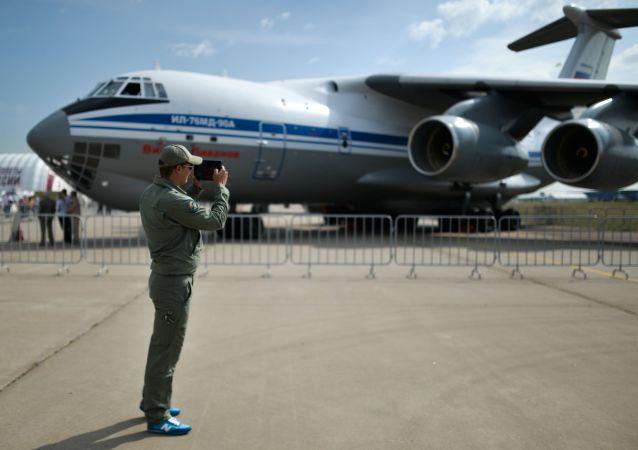 伊爾-76MD-90A飛機