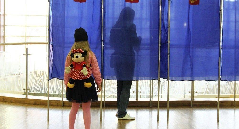 票站調查:俄濱海邊疆區行政長官選舉第二輪投票中塔拉先科領先