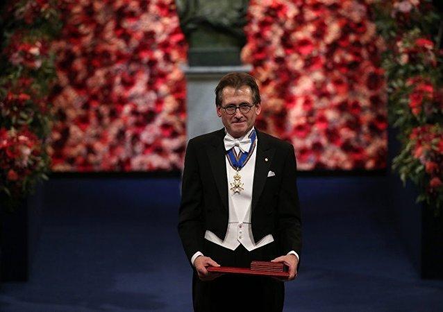 諾貝爾化學獎得主伯納德·費林加