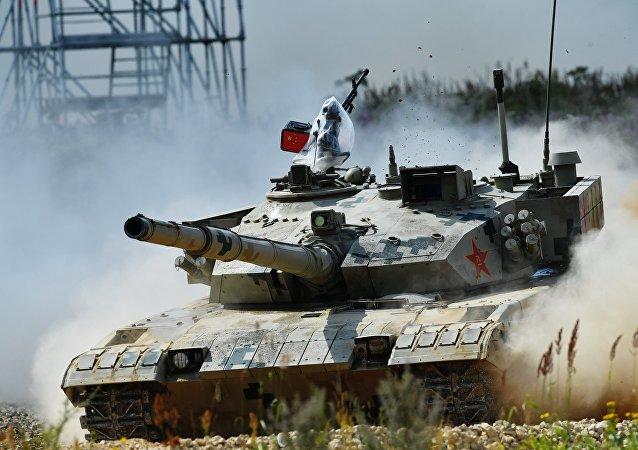 媒體:中國軍方在吉布提進行坦克實戰演練