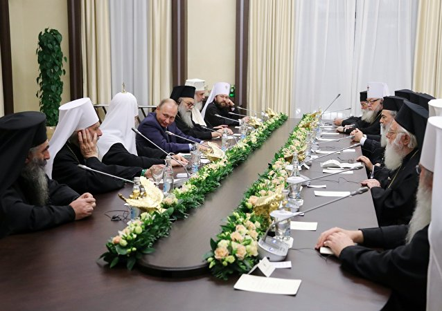 普京:東正教會和羅馬教廷能夠在敘利亞恢復和平方面起重要作用