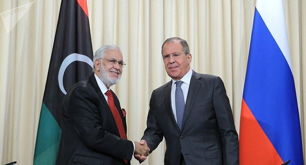 拉夫羅夫與利比亞外交部長西亞拉