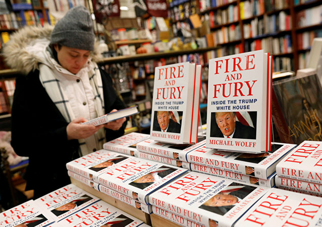 揭露特朗普醜聞新書上市幾周銷量突破150萬冊