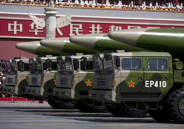 報告:2018年中國國防預算將增長8.1%達到11070億元人民幣
