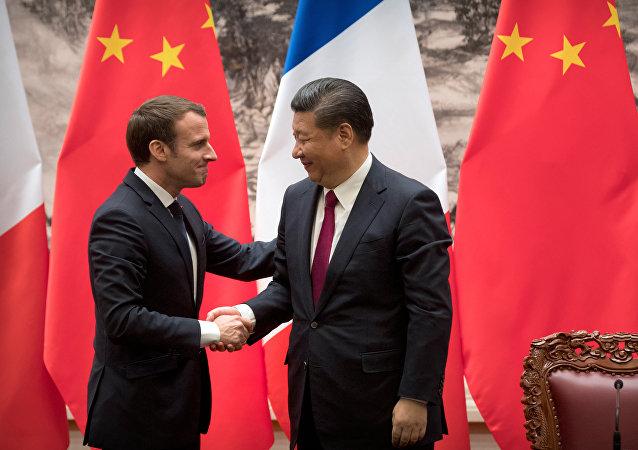 法國總統馬克龍1月9日與中國國家主席習近平會談
