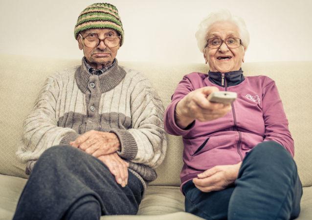 科學家:人的衰老分為三個階段
