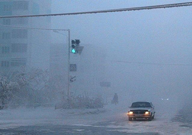 消息人士:俄薩哈共和國100多所學校因嚴寒停課