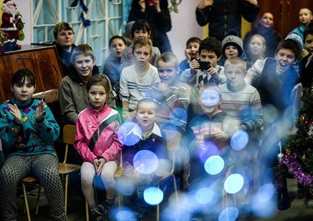 民調:俄羅斯人最常為重病患者和孤兒捐款