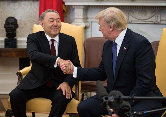 哈薩克斯坦總統納扎爾巴耶夫訪美