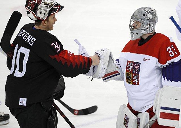 冬奧會組委會因諾如病毒流行取消冰球比賽握手儀式