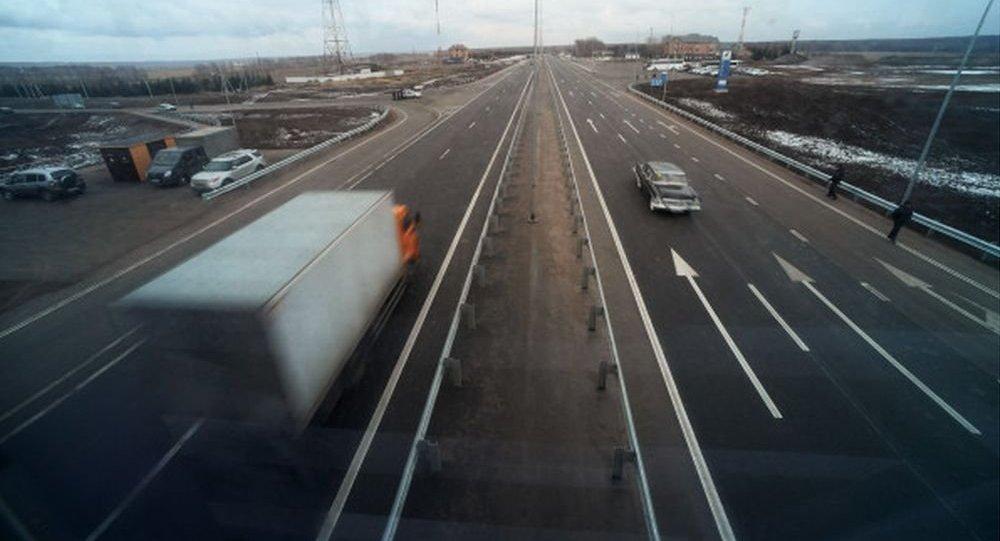 俄中國際道路運輸試運行車隊開始俄境內行程