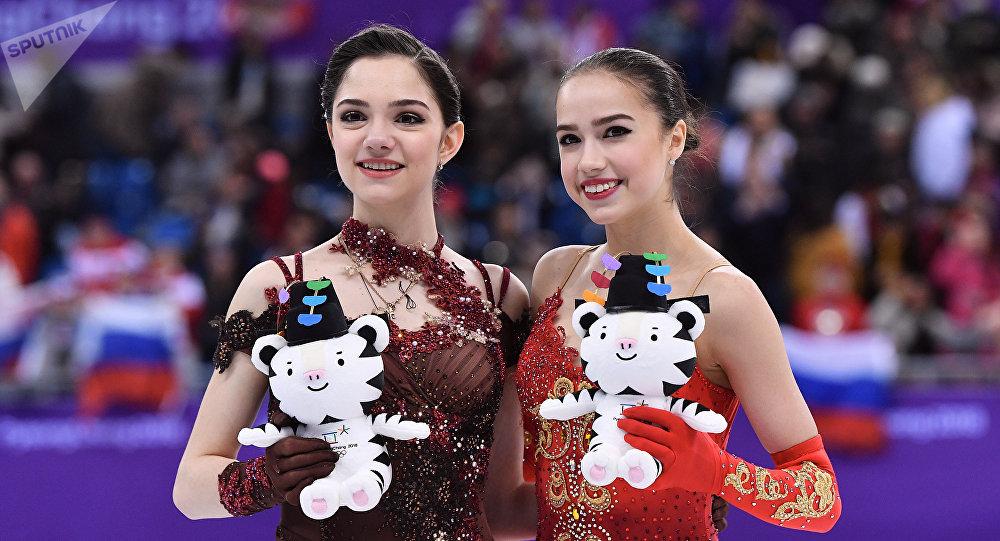 普京祝賀扎吉托娃和梅德韋傑娃冬奧賽場摘金奪銀