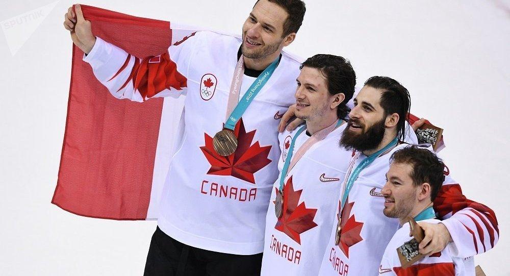 加拿大冰球國家隊擊敗捷克隊,獲2018冬奧會銅牌