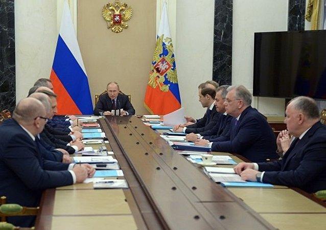 俄總統普京在軍技合作委員會會議