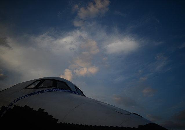 「暴風雪」號航天飛機設計人員正在建造新型軌道飛船