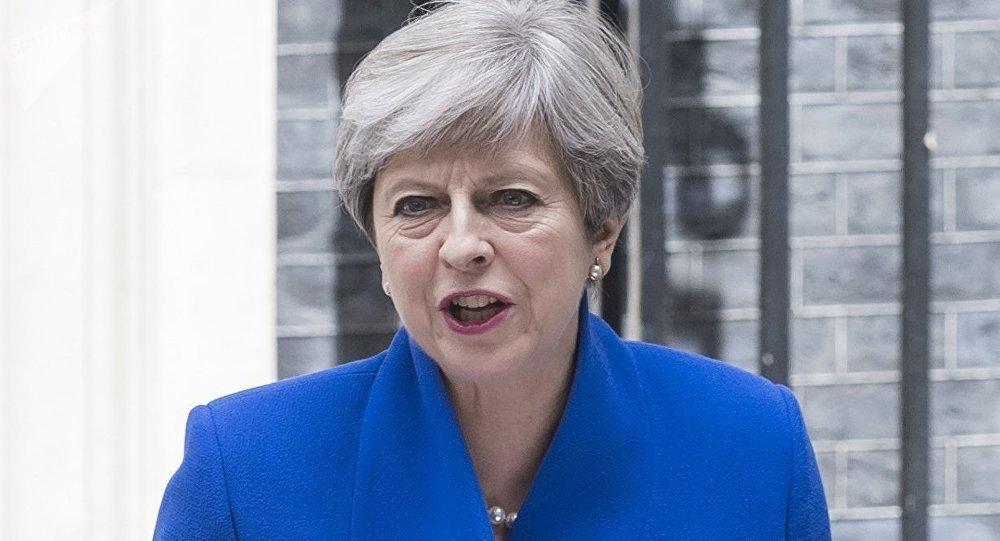 英國首相為埃姆斯伯里神經毒劑中毒女性之死所「震驚」