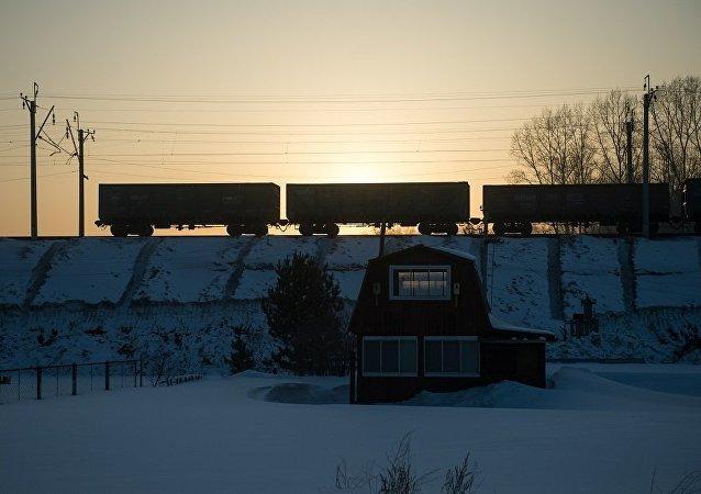 俄鐵將歐洲至中國的空載集裝箱過境費率調降最多40%