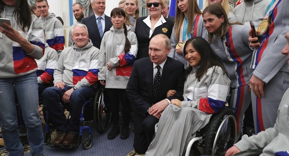 普京:俄羅斯將繼續捍衛清白運動員的榮譽