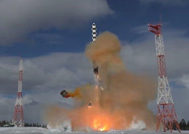 「薩爾馬特」導彈的飛行試驗