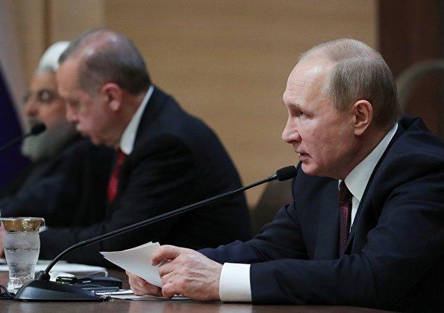 伊朗支持土耳其有關舉行伊俄土三方視頻峰會的構想