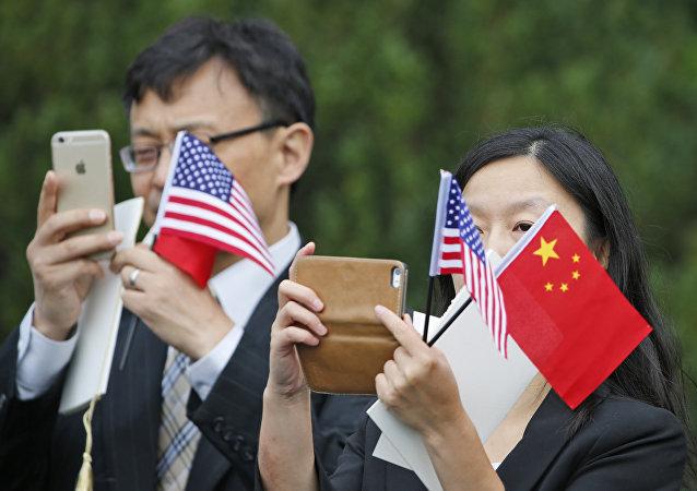 牛津經濟研究所:中美貿易戰對未來的世界經濟影響不大